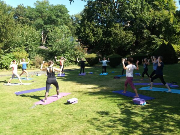 Yoga outside Braziers